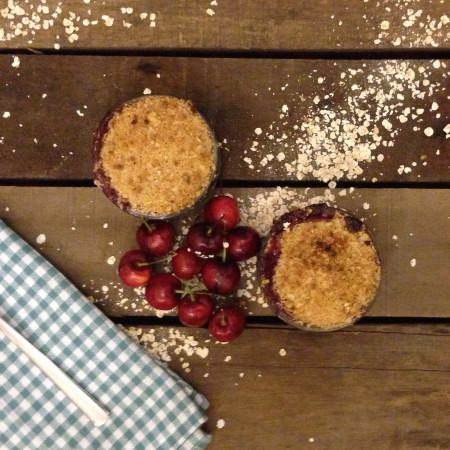 Oaty Cherry Crumble