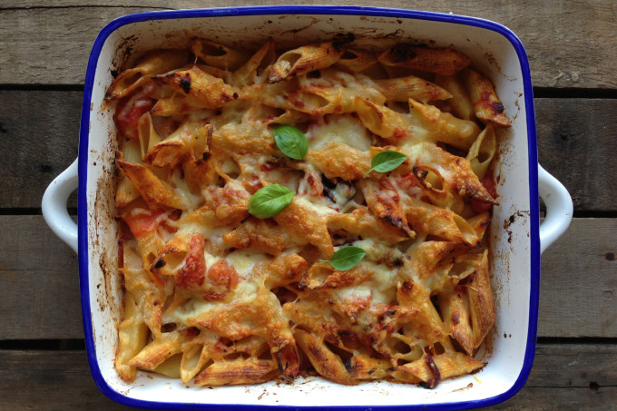Easy Cheesy Rigatoni Pasta Bake