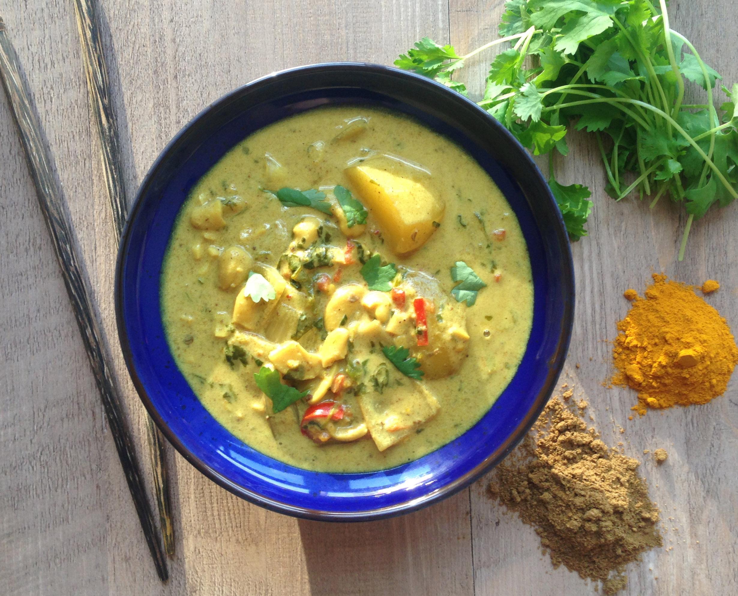Creamy thai vegetable massaman curry recipe thai vegetable massaman curry forumfinder Choice Image