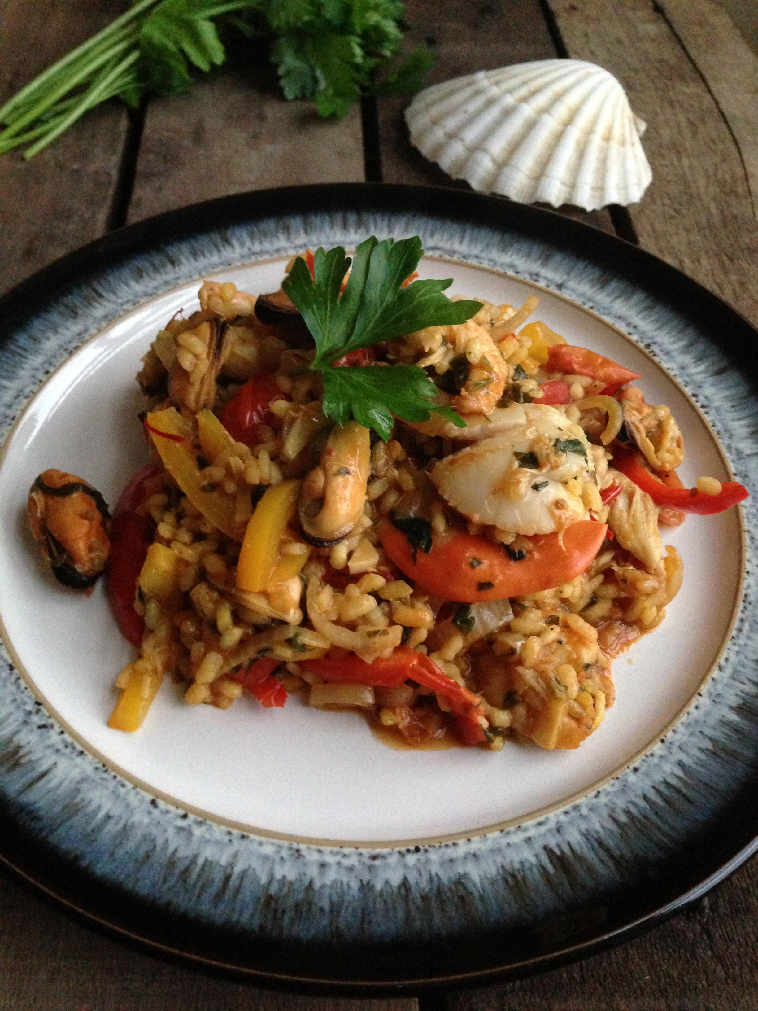 The perfect seafood paella pescetariantchen seafood paella recipe forumfinder Images
