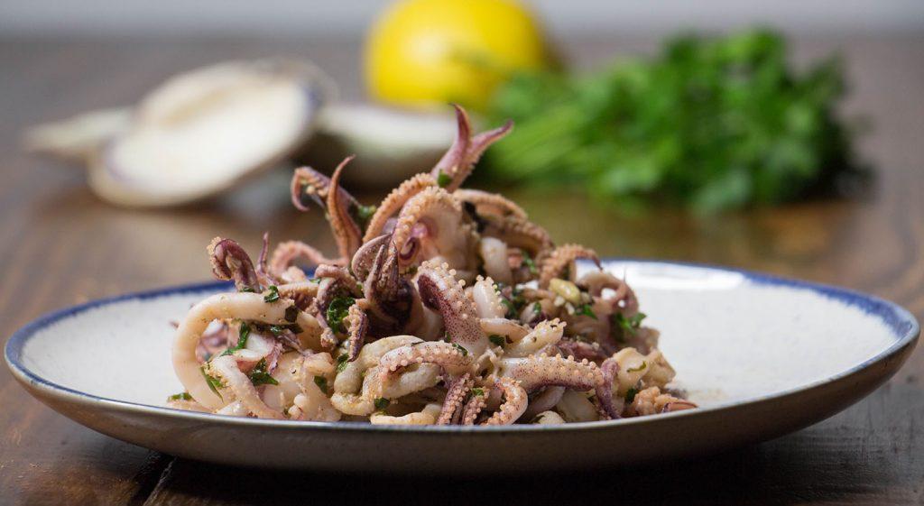 Garlic sauteed calamari