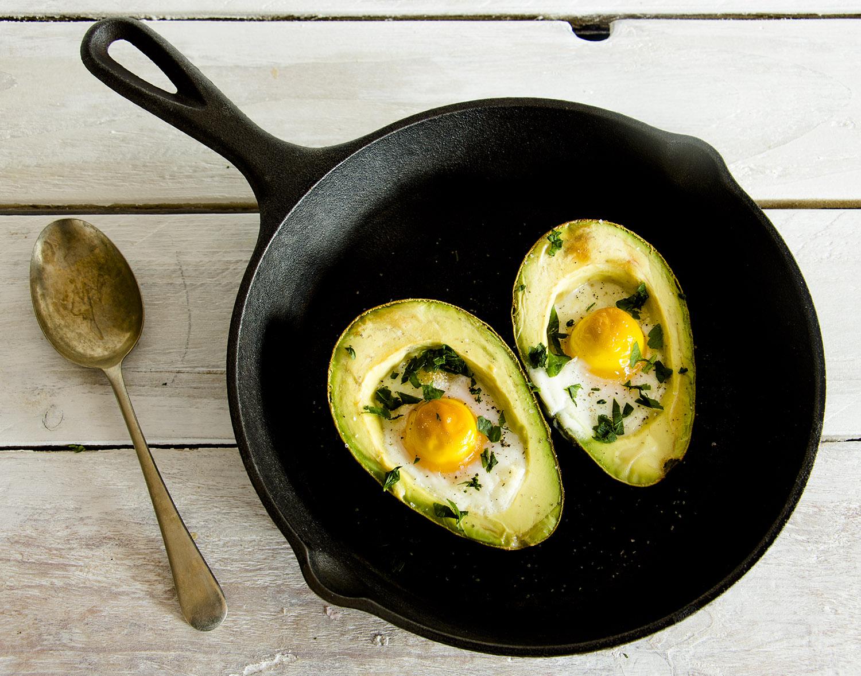 Avocado Baked Eggs Recipe - Pescetarian Kitchen